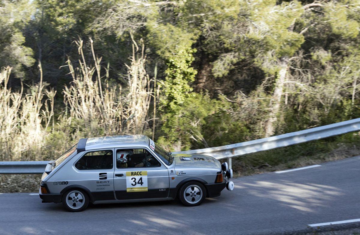 SEAT-Coches-Historicos-revalida-la-victoria-en-el-Rally-Catalunya-Historic-Rally-de-les-Caves_12_HQ