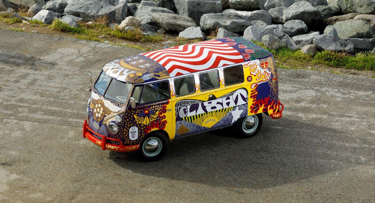 VW LIght Bus_H__9624slider