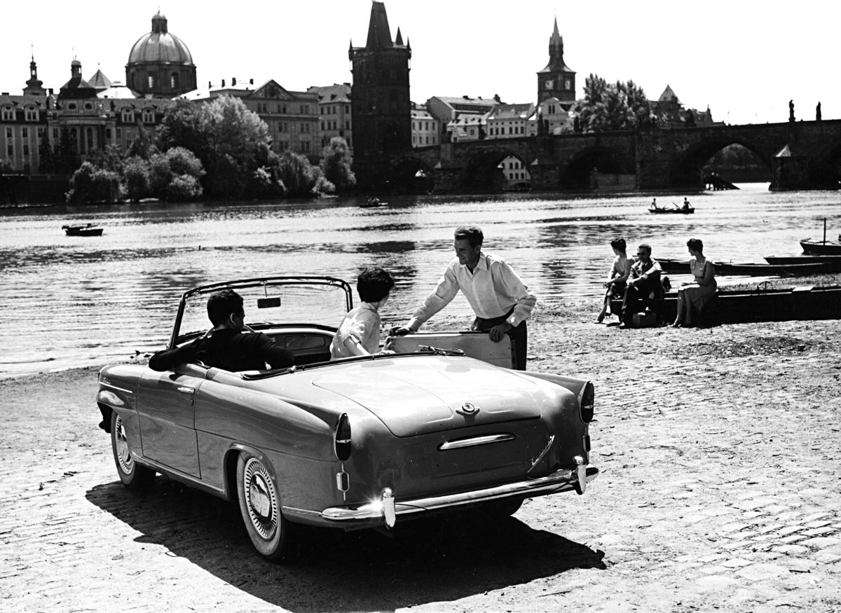 skoda-felicia-in-prague-czechoslovakia-1961