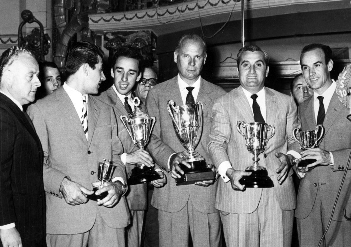 Peppino Vianini y parte de su Troupe, post GP de 1963