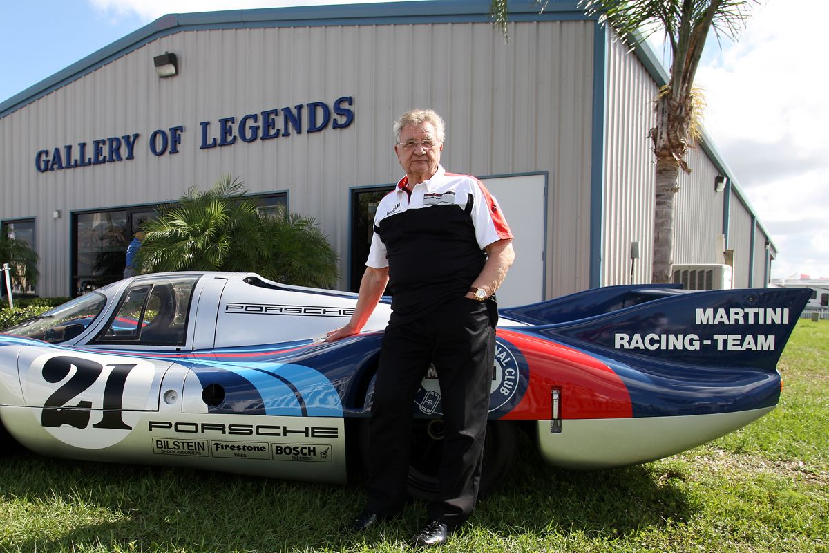 PORSCHE_Hans Herrmann, tras ganar las 24 Horas de Le Mans de 1970, se retir¢ de la competici¢n