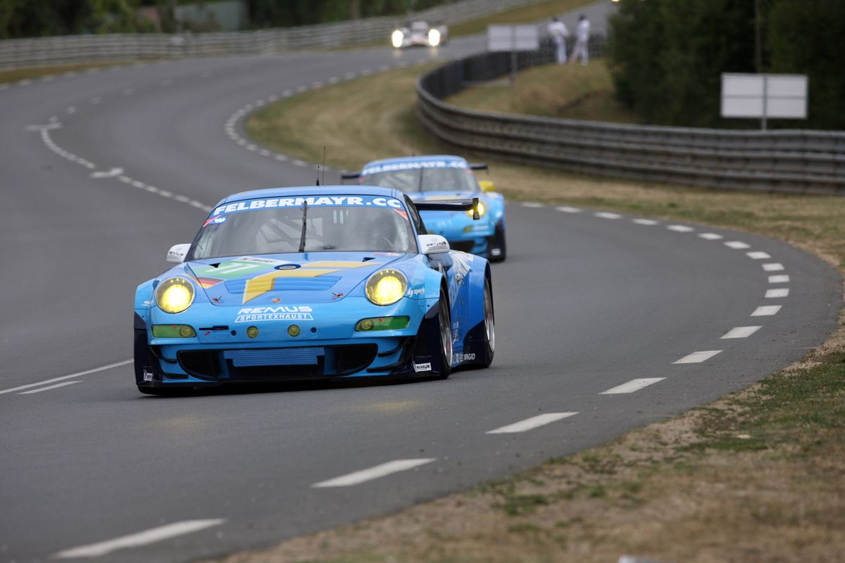 Porsche 997 GT3 RSR de GT2 24 Horas Le Mans 2010