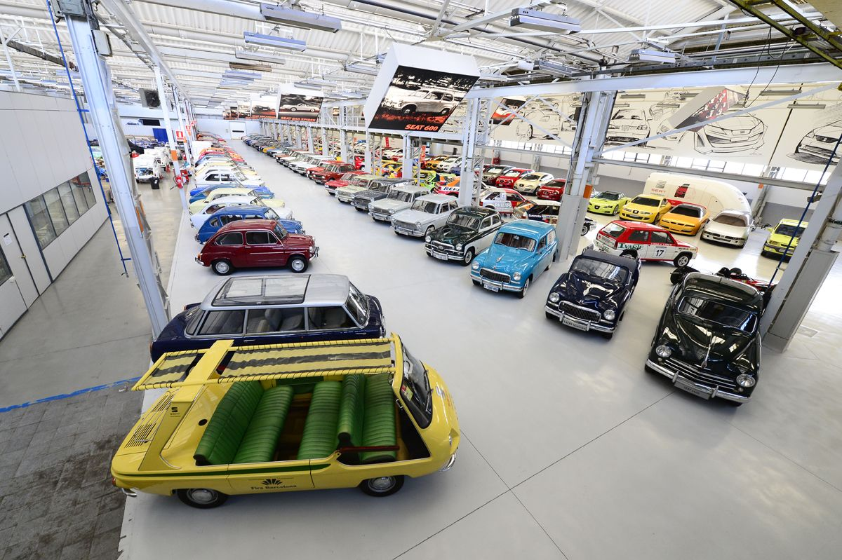 SEAT-opens-the-doors-of-its-Zona-Franca-factory-during-the-48h-Open-House-Barcelona-event_06_HQ