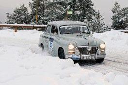 El-SEAT-1400-regresa-al-Rallye-Monte-Carlo_slider