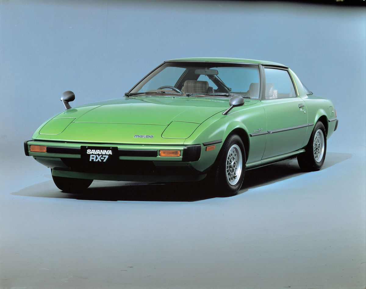 Mazda-RX-7_1978_3_4frontstill_hires_hires