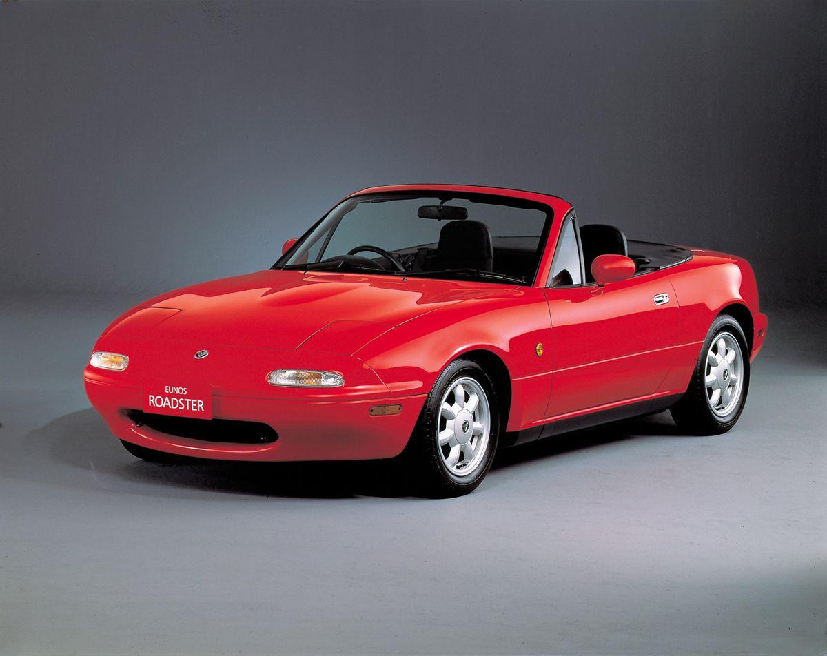 Mazda_Eunos_Roadster_1989_hires_hires