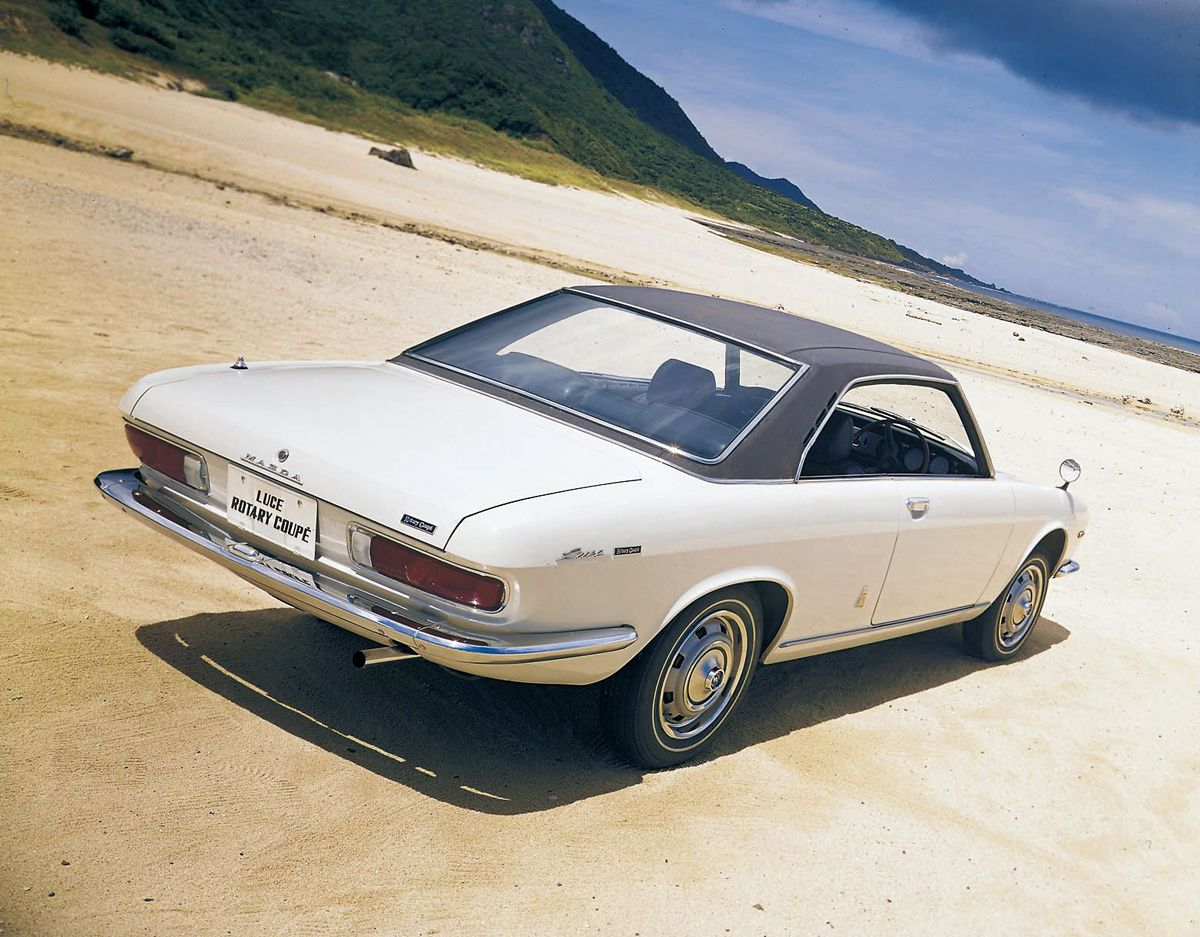 Mazda_R130_Luce_Rotary_Coupe_1969_2_hires_hires