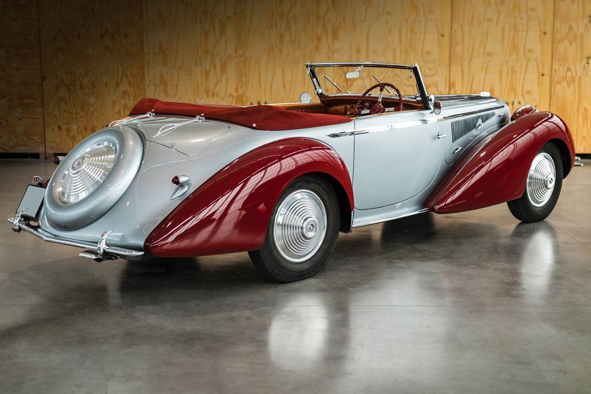 1946-Delahaye-135-Cabriolet-by-Figoni-et-Falaschi_1