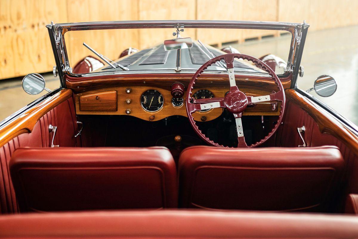 1946-Delahaye-135-Cabriolet-by-Figoni-et-Falaschi_4