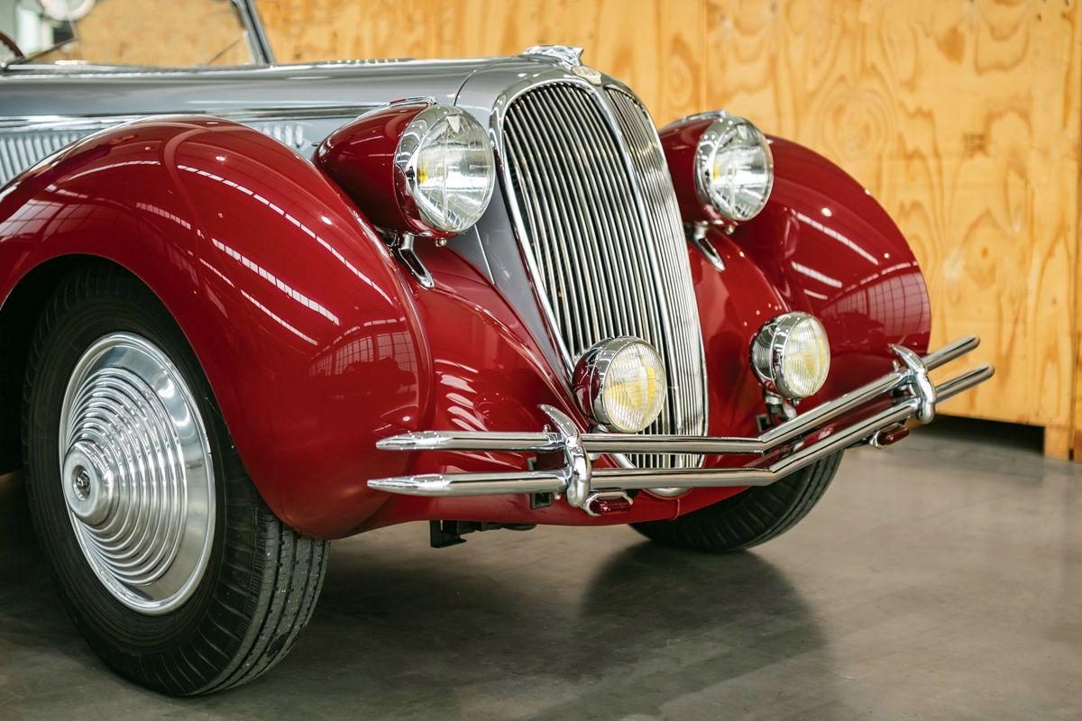1946-Delahaye-135-Cabriolet-by-Figoni-et-Falaschi_8