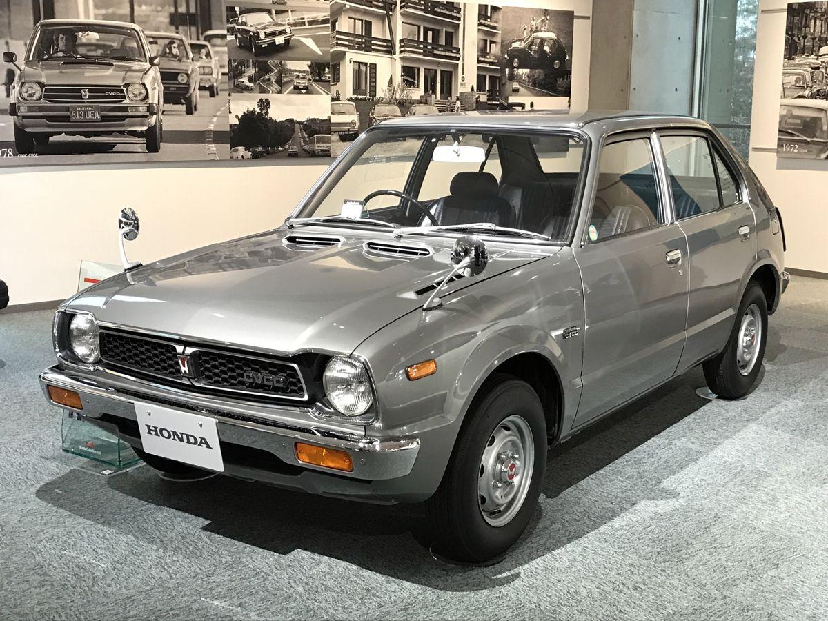 CA - 26/12/2019 - Museu da Honda em Motegi, no Jap‹o. Honda Civic CVCC (1973) - Fotos: Jason Vogel Civic 1973. No in'cio, era um hatch pequeno e econ™mico. Em tempos de crise do petr—leo, ajudou a Honda a ganhar o mundo