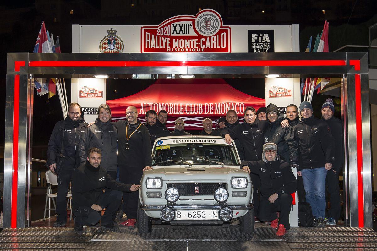 El-SEAT-1400-entre-los-mejores-en-el-Rallye-Monte-Carlo-Historico_04_HQ