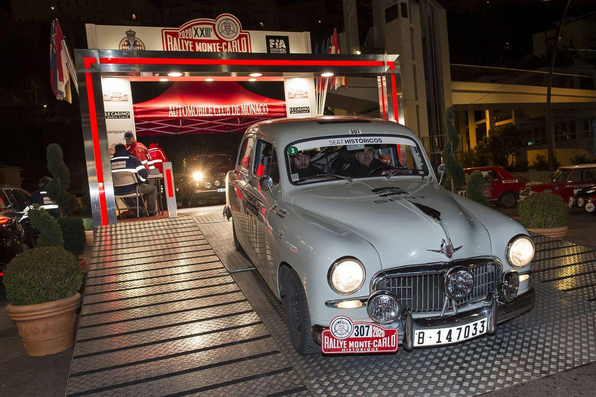El-SEAT-1400-entre-los-mejores-en-el-Rallye-Monte-Carlo-Historico_05_HQ