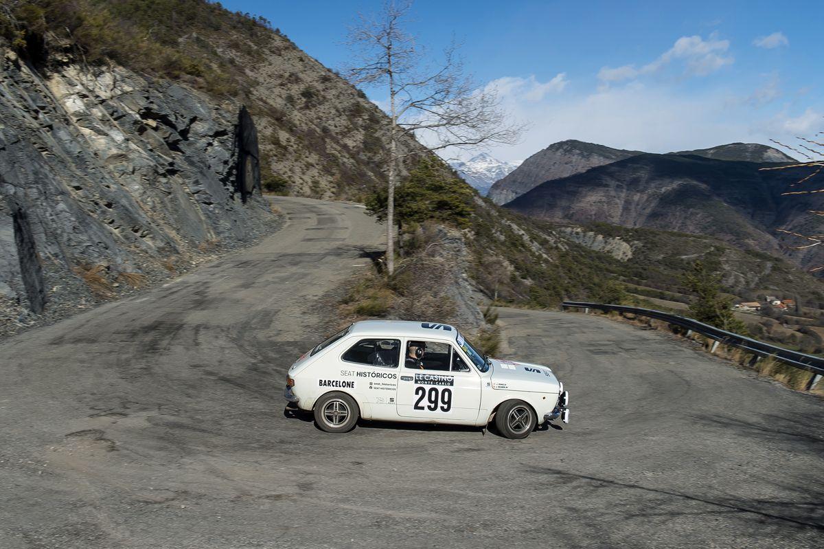 El-SEAT-1400-entre-los-mejores-en-el-Rallye-Monte-Carlo-Historico_08_HQ