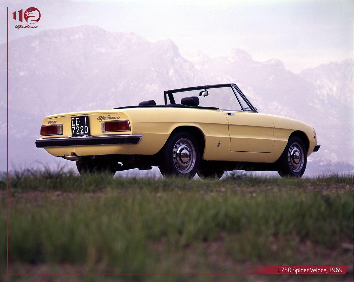 1750-Spider-Veloce,-1969