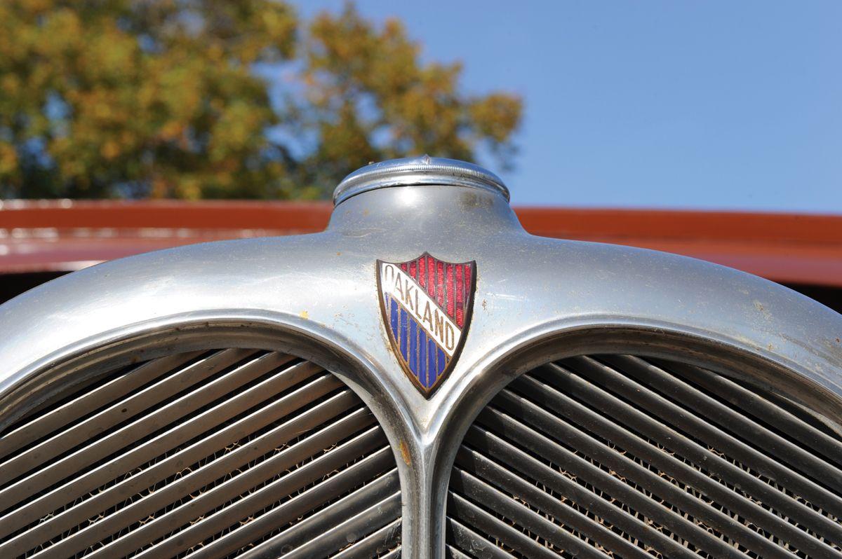 1929-Oakland-Landaulet-Sedan-_4