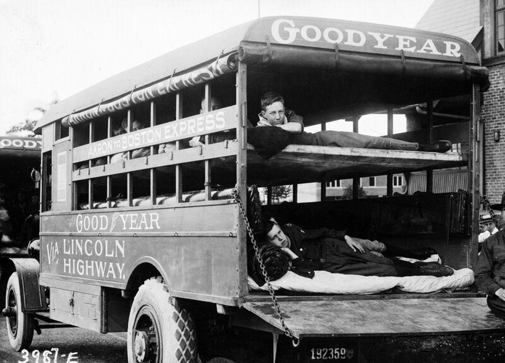 Packard coche cama
