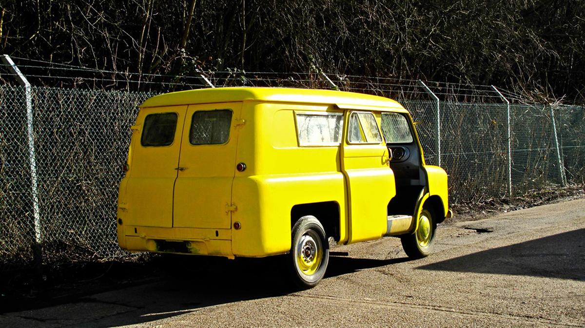 1146913_1957 Bedford CA Van rear angle HR