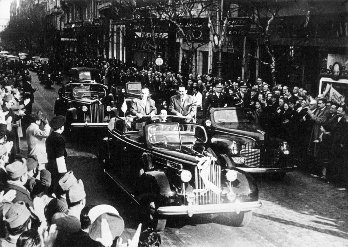 Packard Día del Reservista
