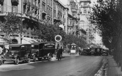 La febril Avenida de Mayo de los años 30